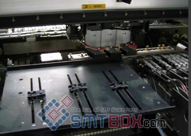 JUKI KE 750 Mid range Mounter Automated Assembly Machines side d